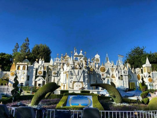 """""""Its a small world"""" attraction at Disney"""